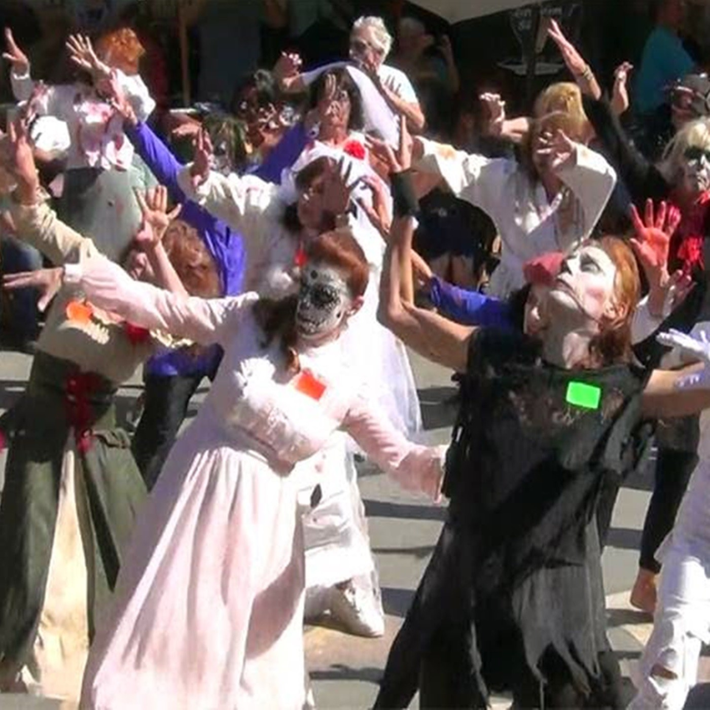 The Writer's Block - Halloween - Dancing Zombies in the Streets